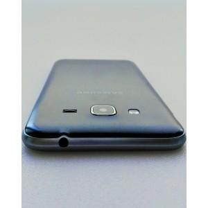 SAMSUNG Galaxy J3 (2016) 8 Gb - Negro - Libre Reacondicionado