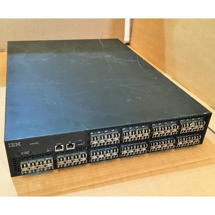 IBM SAN80B-4 Switch SAN Fibre Channel 8Gbps con 80 puertos y SW de 4Gb